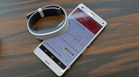 Sony SmartBand 2 first look