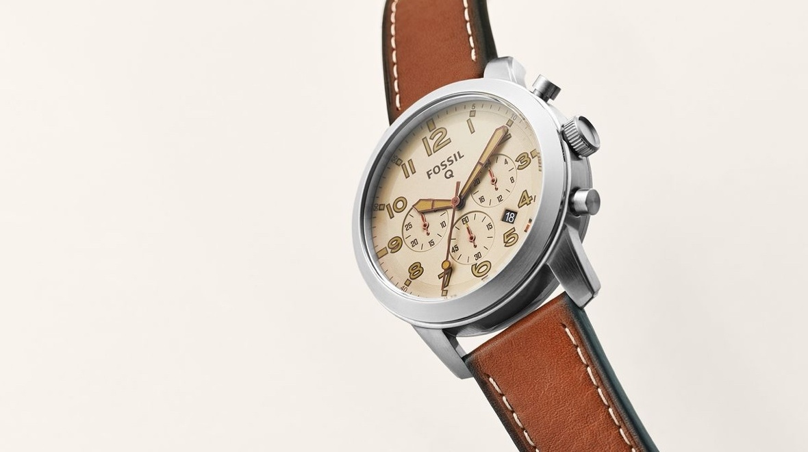 Fossil Q54 Pilot smartwatch is the latest addition to the Q family