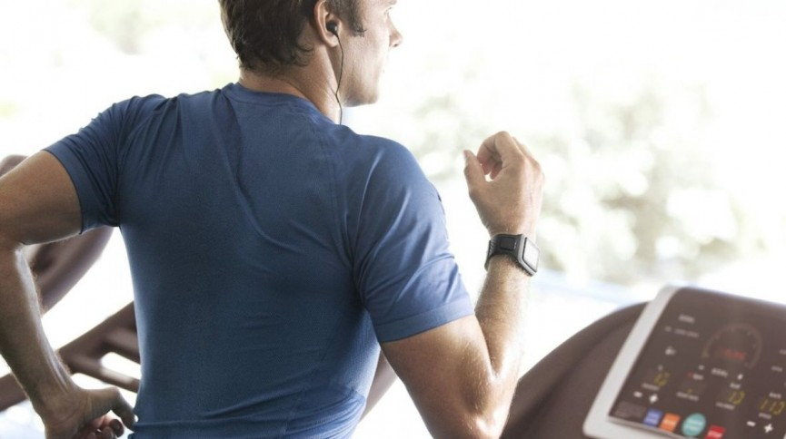 how to train yourself to run faster and longer