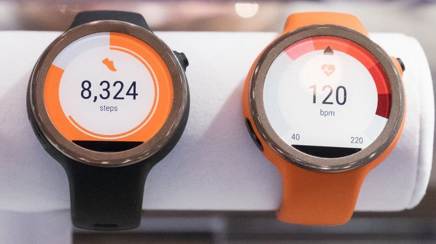 Moto 360 Sport guide - price, release date, specs, display, resolution