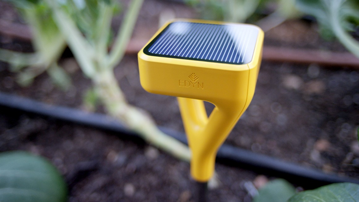 smart fingers the best kit for your connected garden