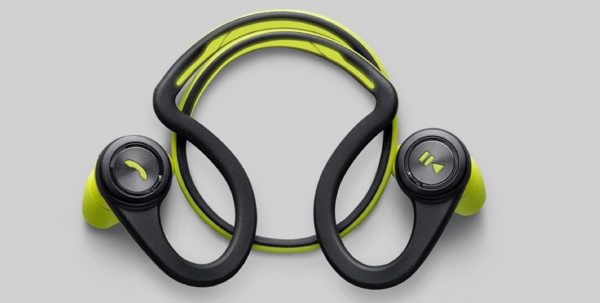 Image result for BLUETOOTH VS WIRED - WHICH ARE THE BEST KIND OF HEADPHONES FOR RUNNING?