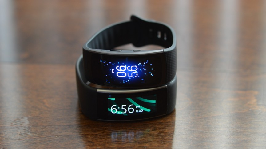 Samsung Gear Fit 2 versus Microsoft Band