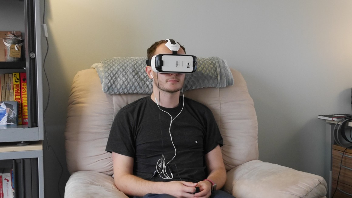 vr therapy fear of flying