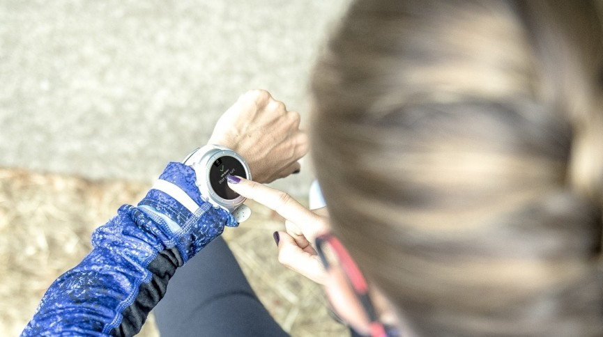 New Balance RunIQ Android Wear smartwatch unveiled (finally)
