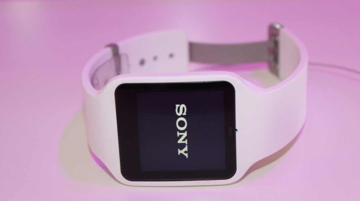 Sony SmartWatch 3 available now