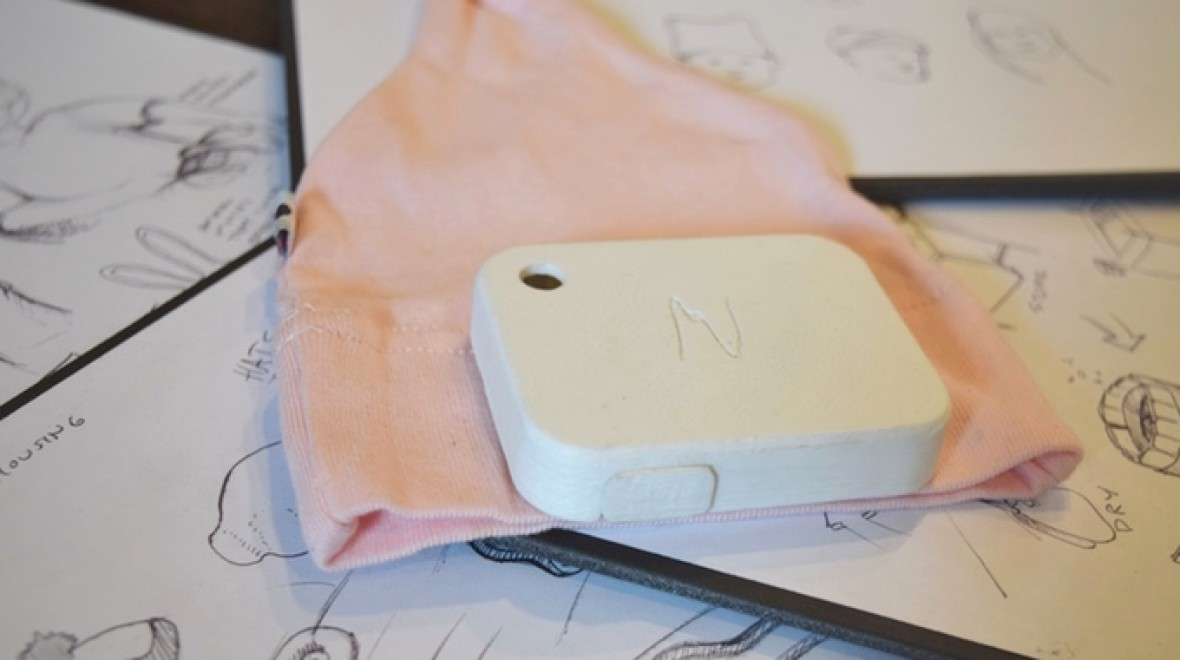 This smart baby hat could save newborn lives