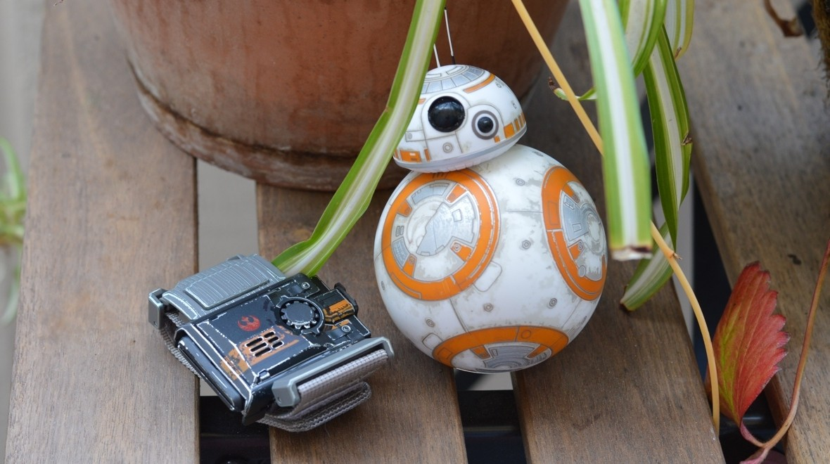 How to use the Force Band with BB-8