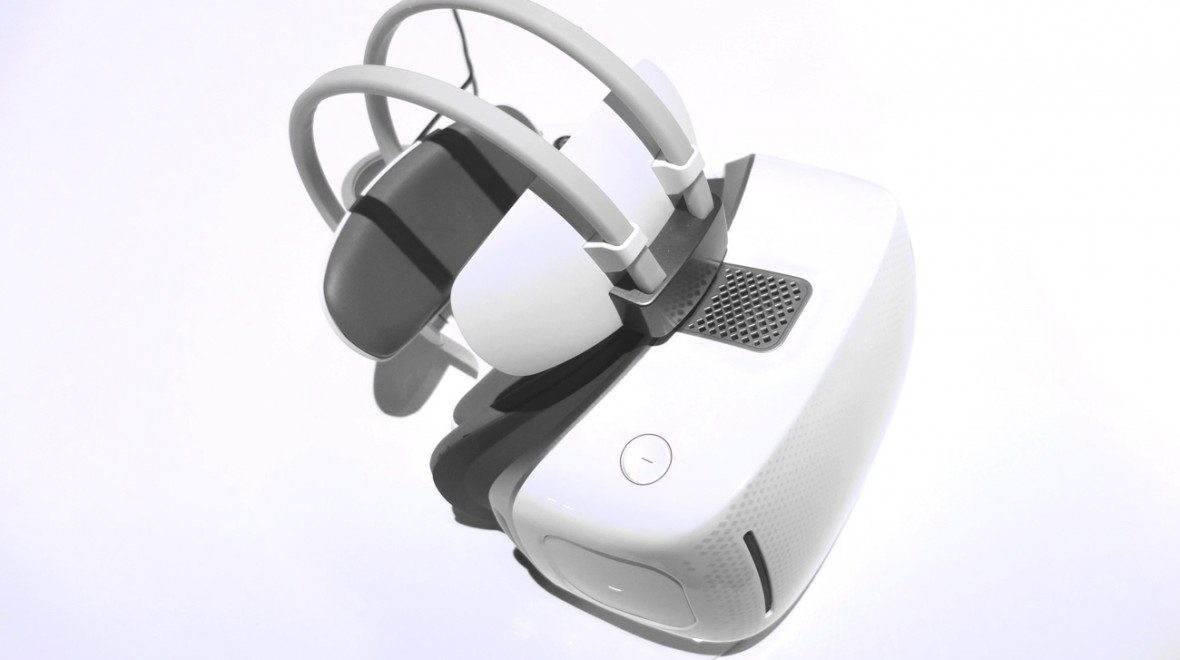 First look: Alcatel Vision VR headset