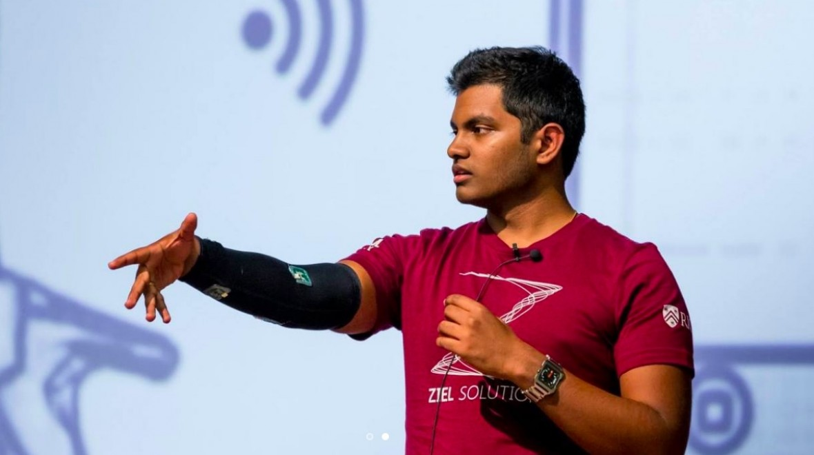 This smart sleeve prevents injuries