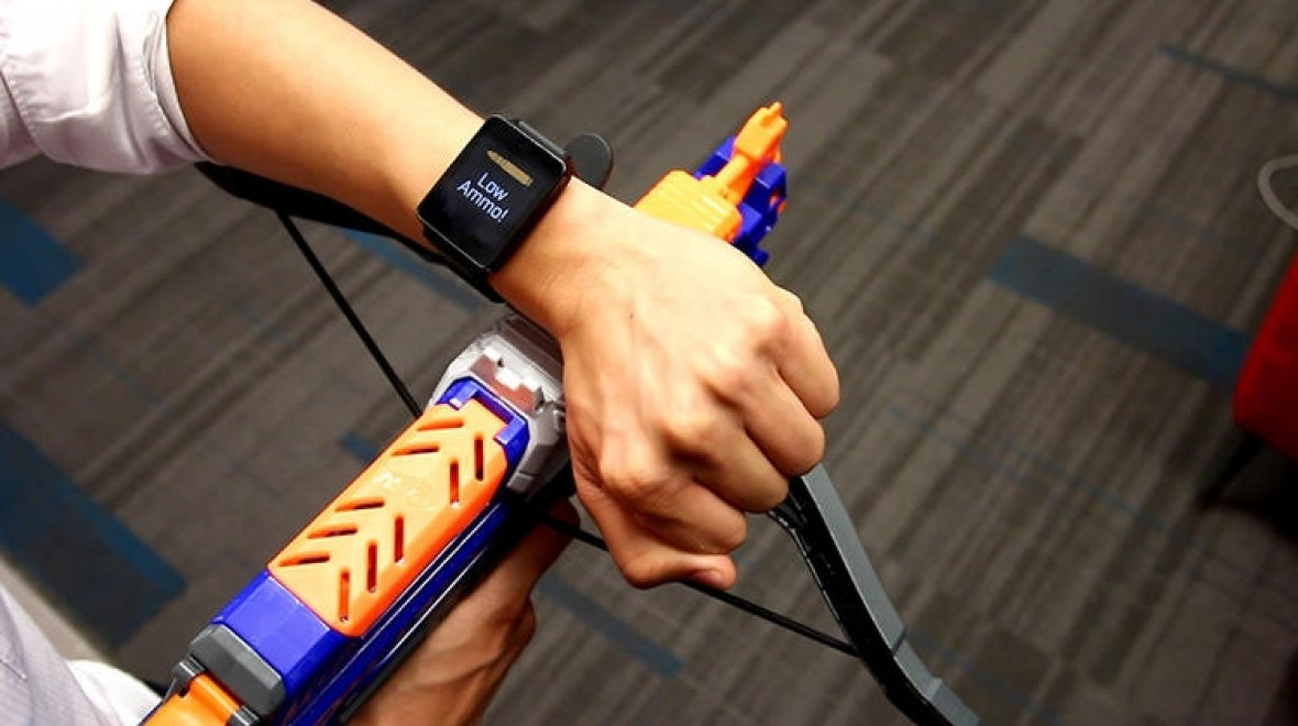 This smartwatch knows what you're touching