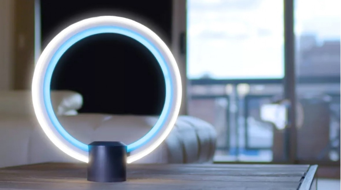 This smart lamp comes with Alexa powers