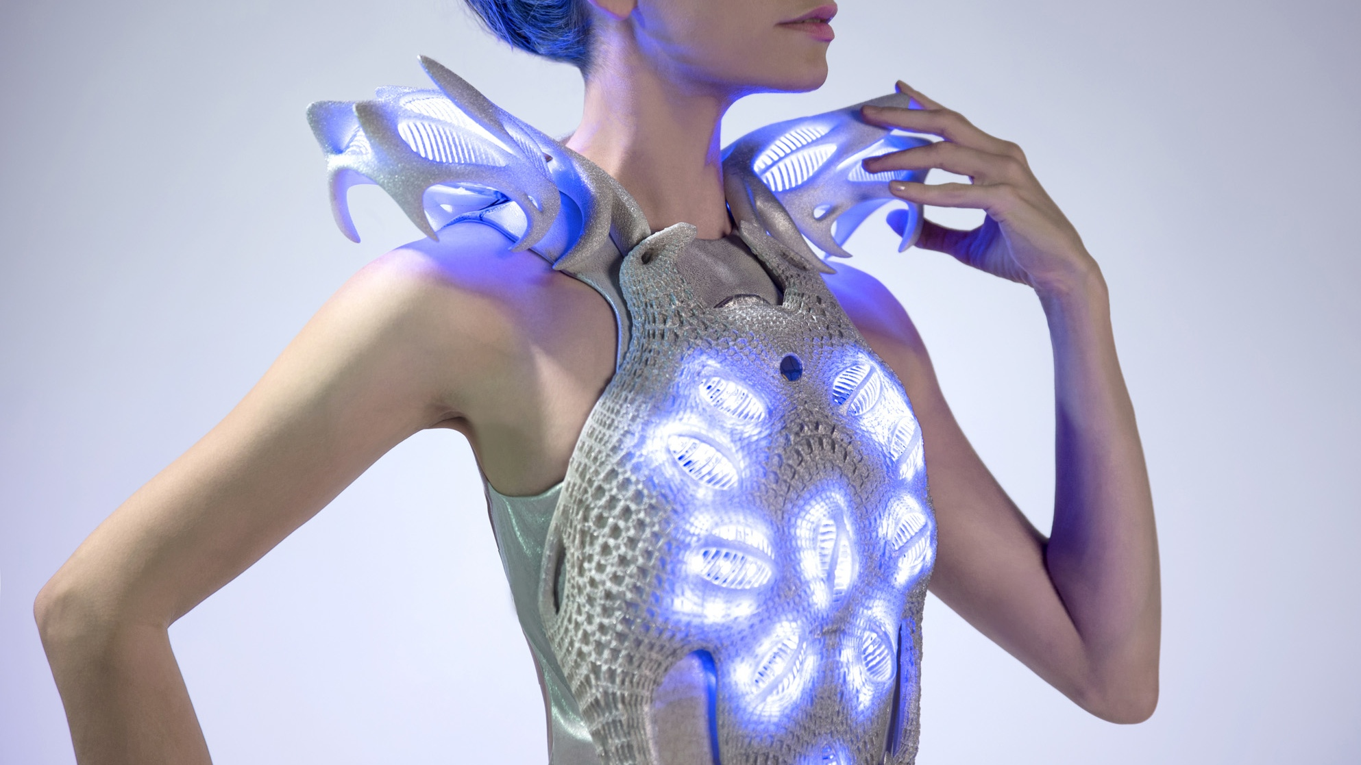 Mood-sensing smart dress has Intel inside