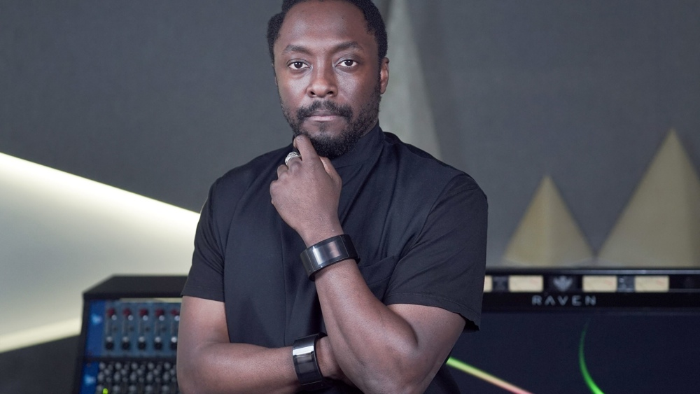 Will.i.am's Puls wearable is huge