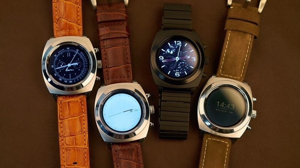 GEAK smartwatch smashes crowdfunding
