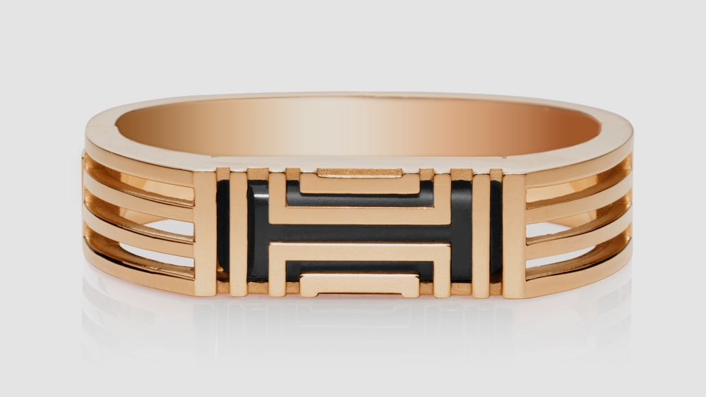 Designer Fitbit jewellery heads to the UK