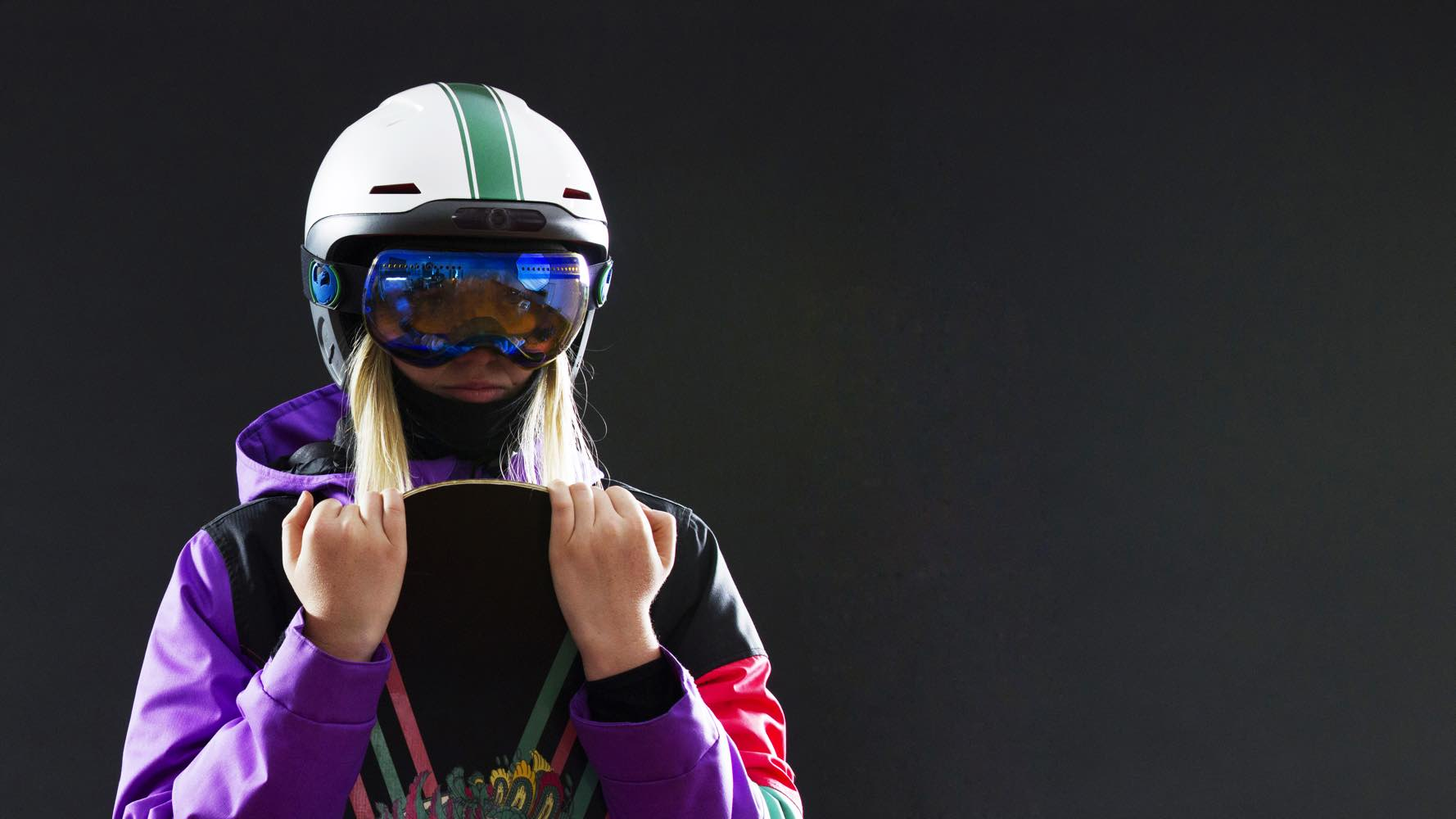 Forcite Alpine: the smart ski helmet