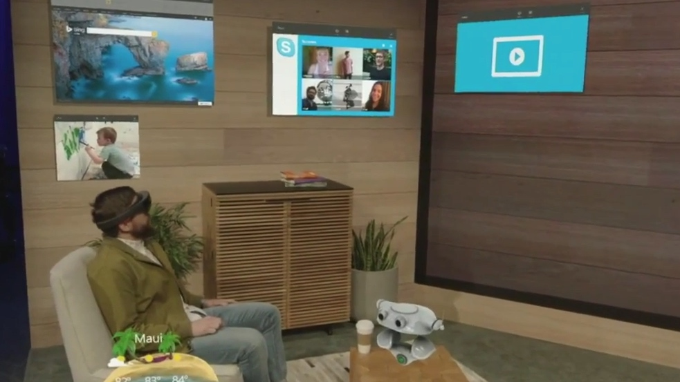 Build live demos show off HoloLens potential