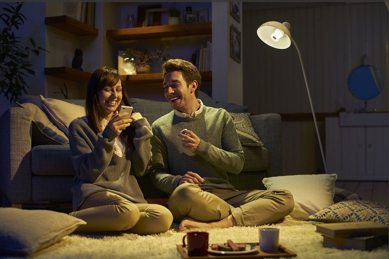 Sony's smart bulb plays your tunes