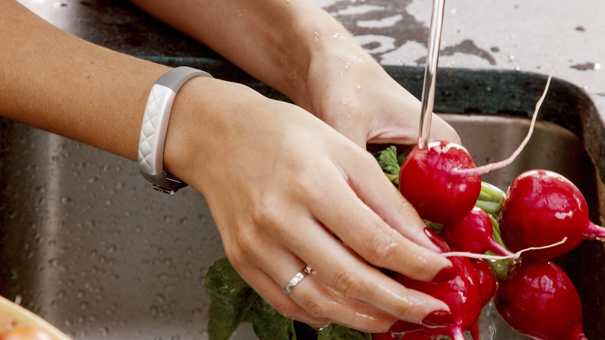 Jawbone still plans a waterproof tracker