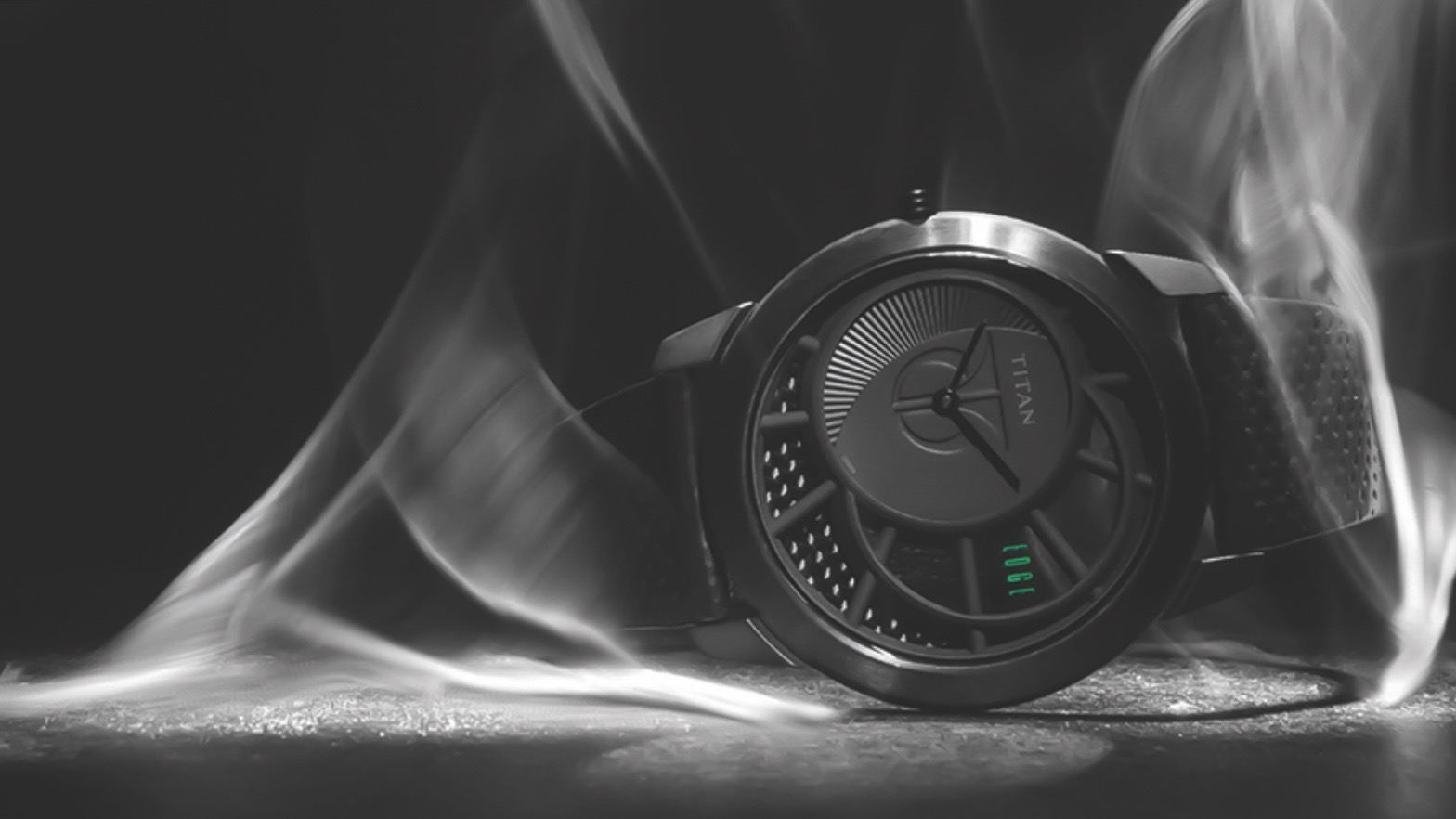 HP collaborates with Titan on new smartwatch