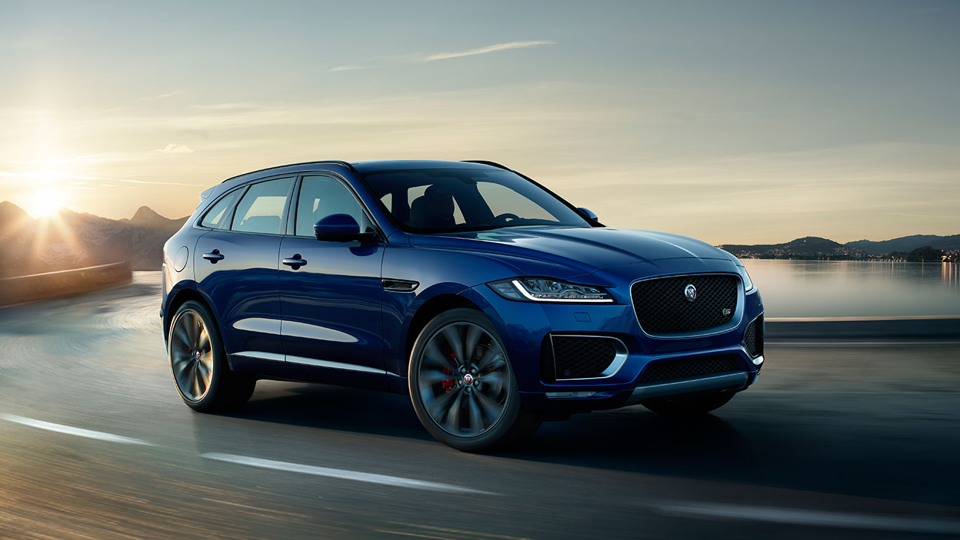 Jaguar F-PACE has a wearable car key