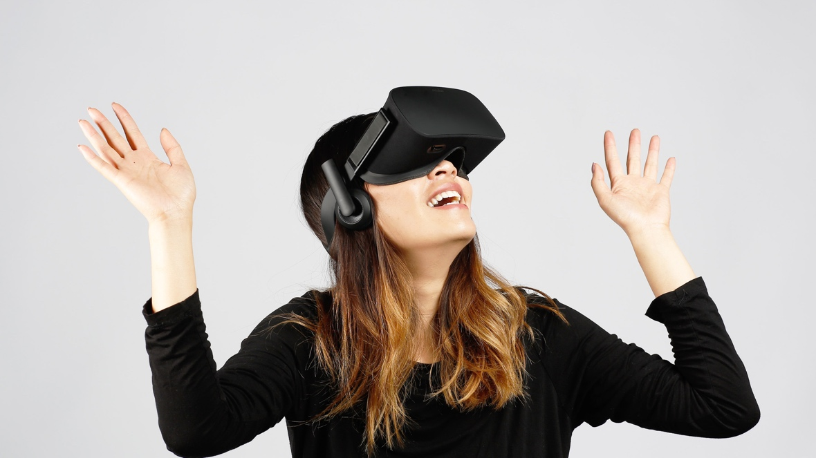 Oculus Rift UK now on sale