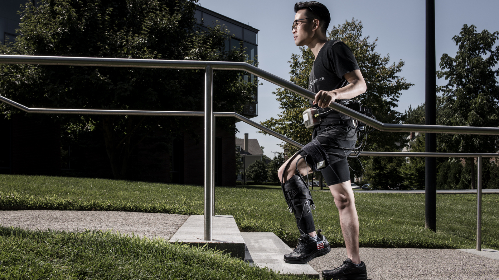 The exosuit helping people to walk