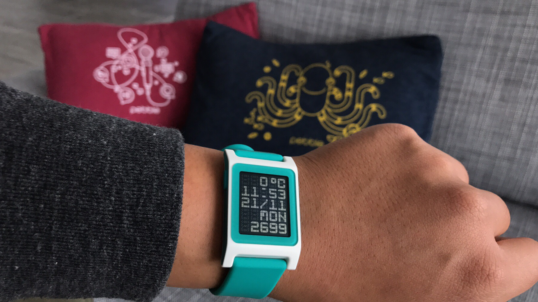 Pebble gets serious about heart rate