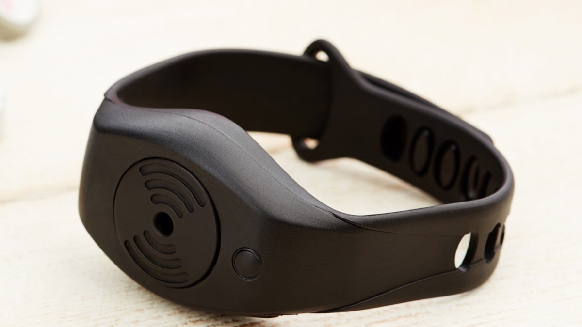 Security wearable targets female runners