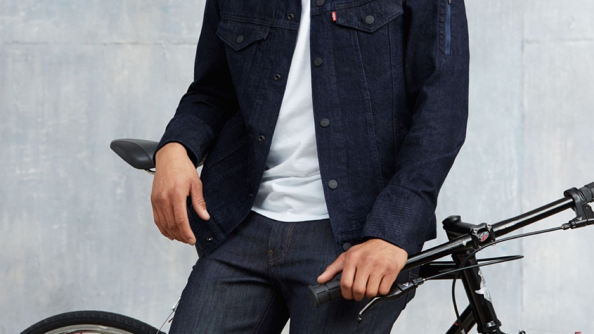 Google and Levi's smart jacket gets release