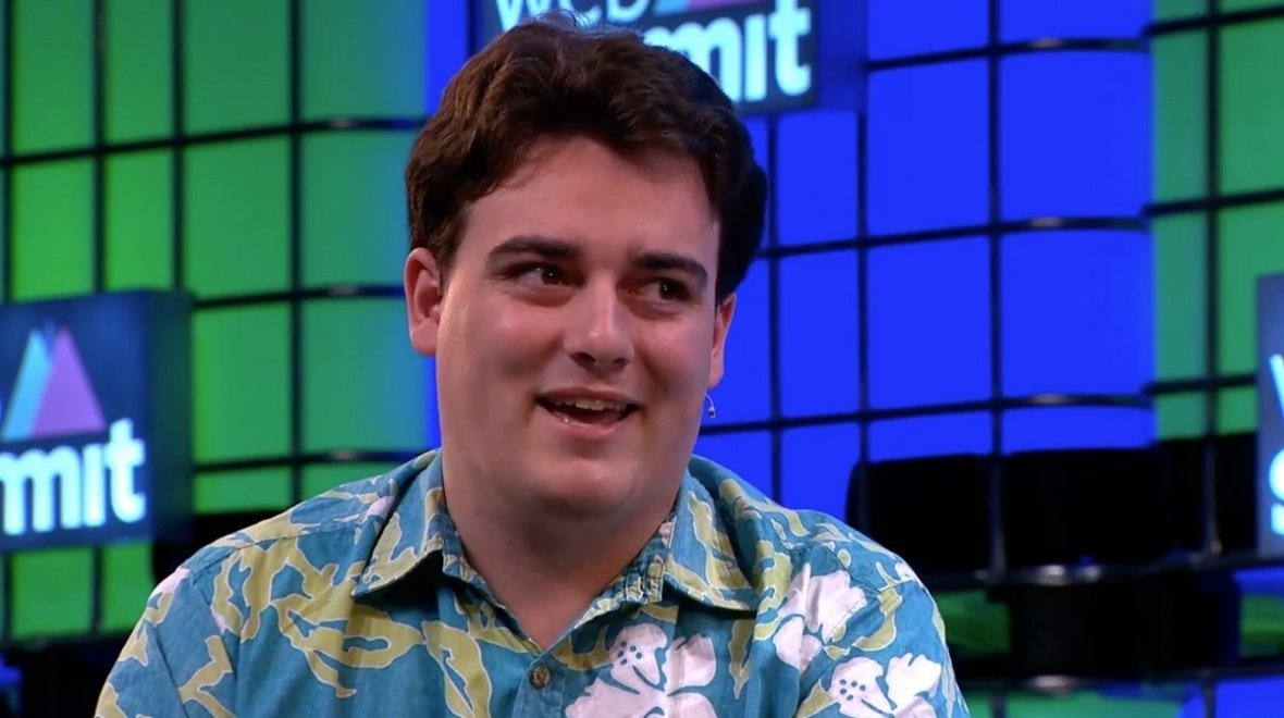 Palmer Luckey leaves Facebook