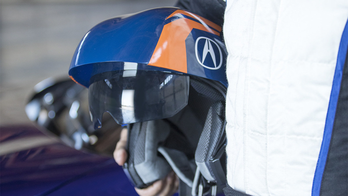 Acura demos AR racing helmet