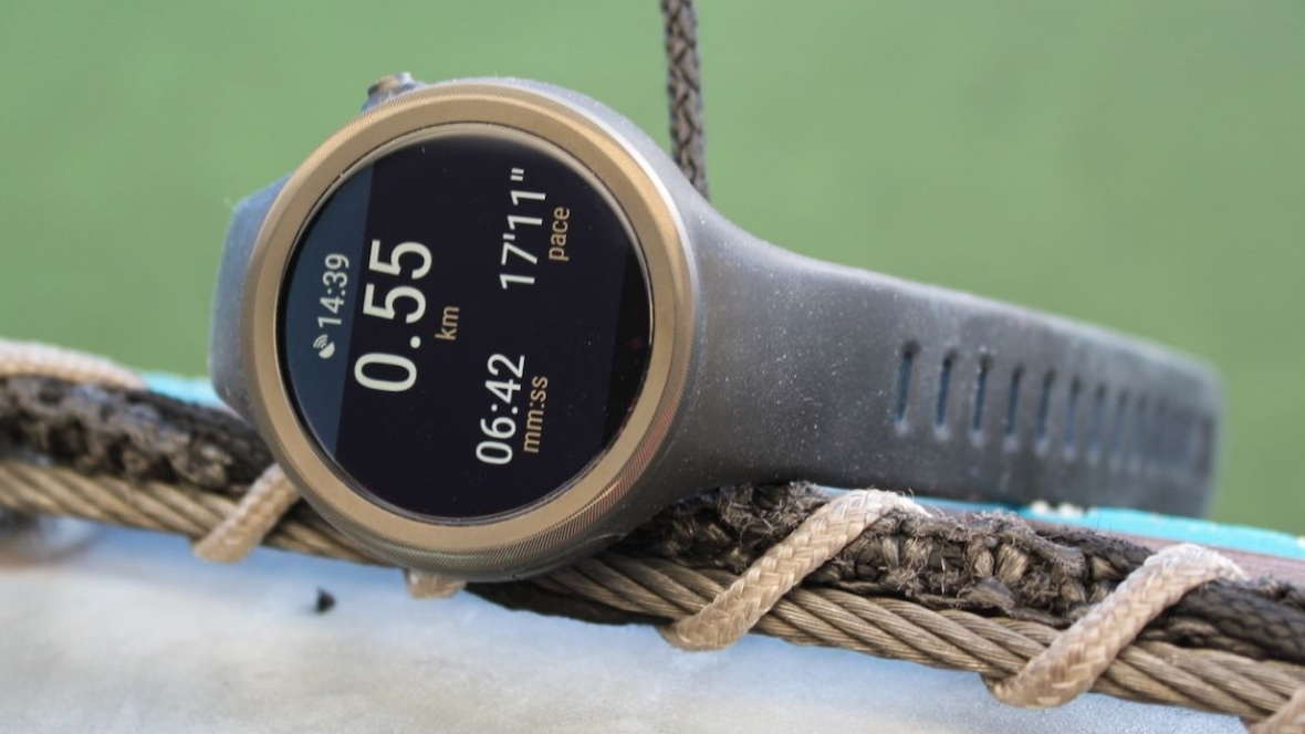 Wear 2.0 is finally coming to Moto 360 Sport