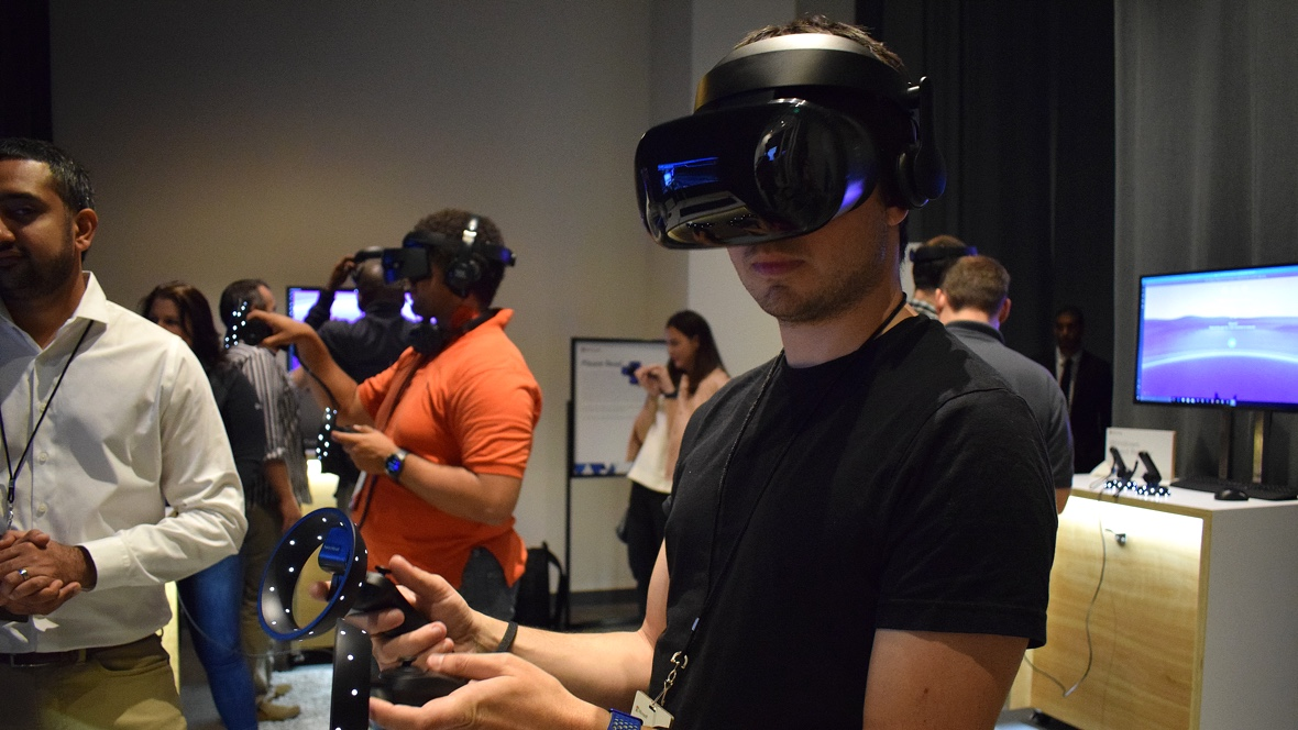 Trying out Samsung's Odyssey headset