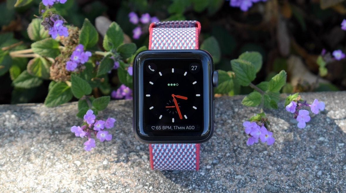 Apple Watch Series 3's LTE glitch gets fixed