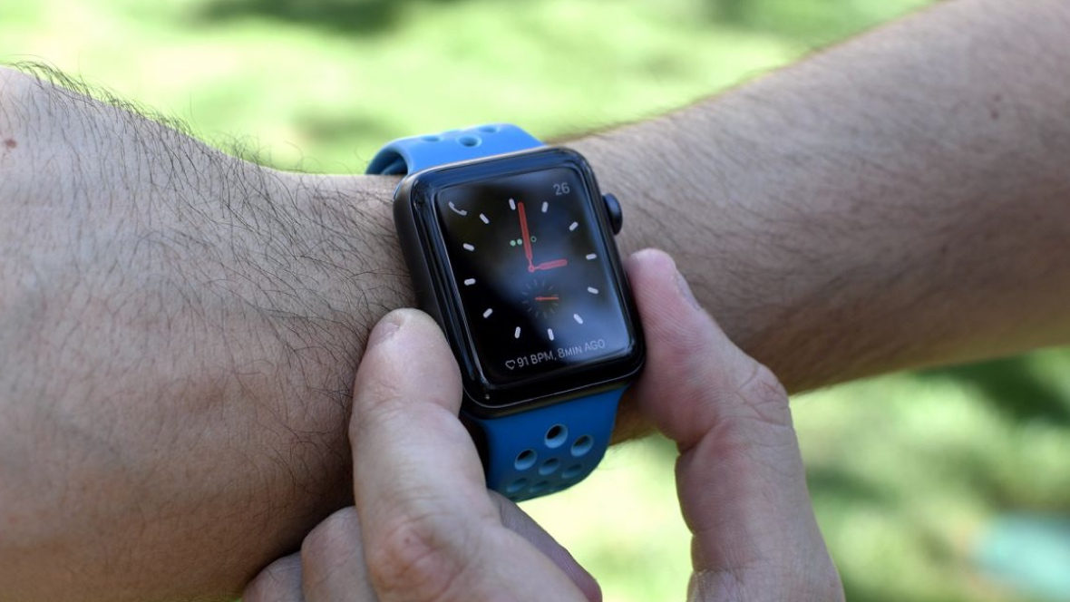 Apple replaces Xiaomi as wearable king