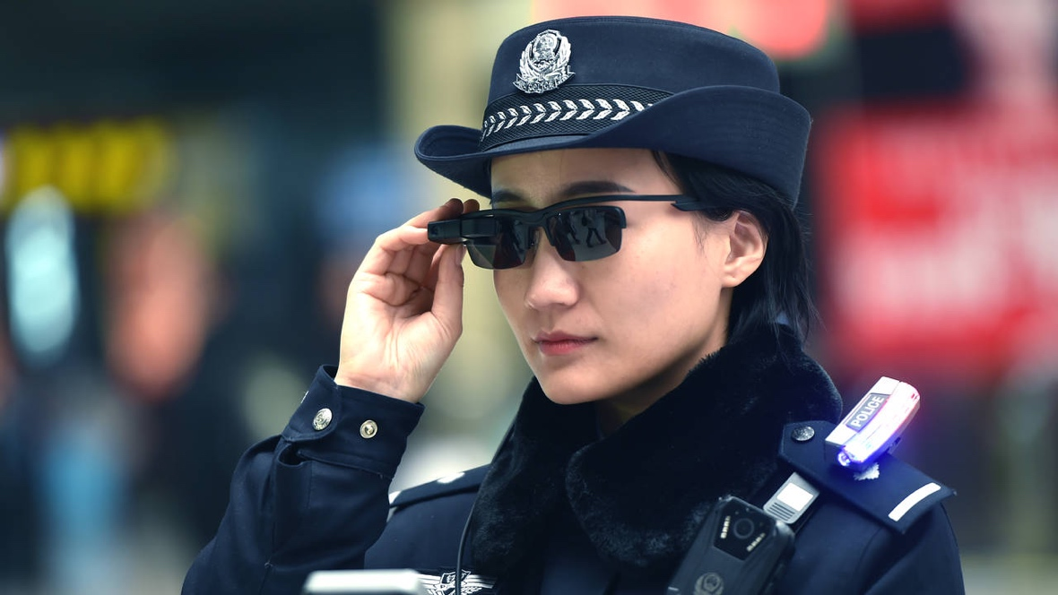 Chinese police are now using smartglasses