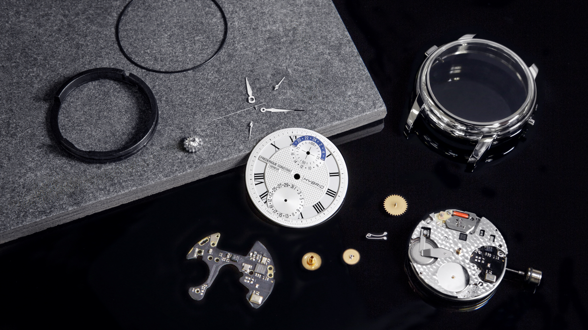 Frederique Constant: Apple is a threat