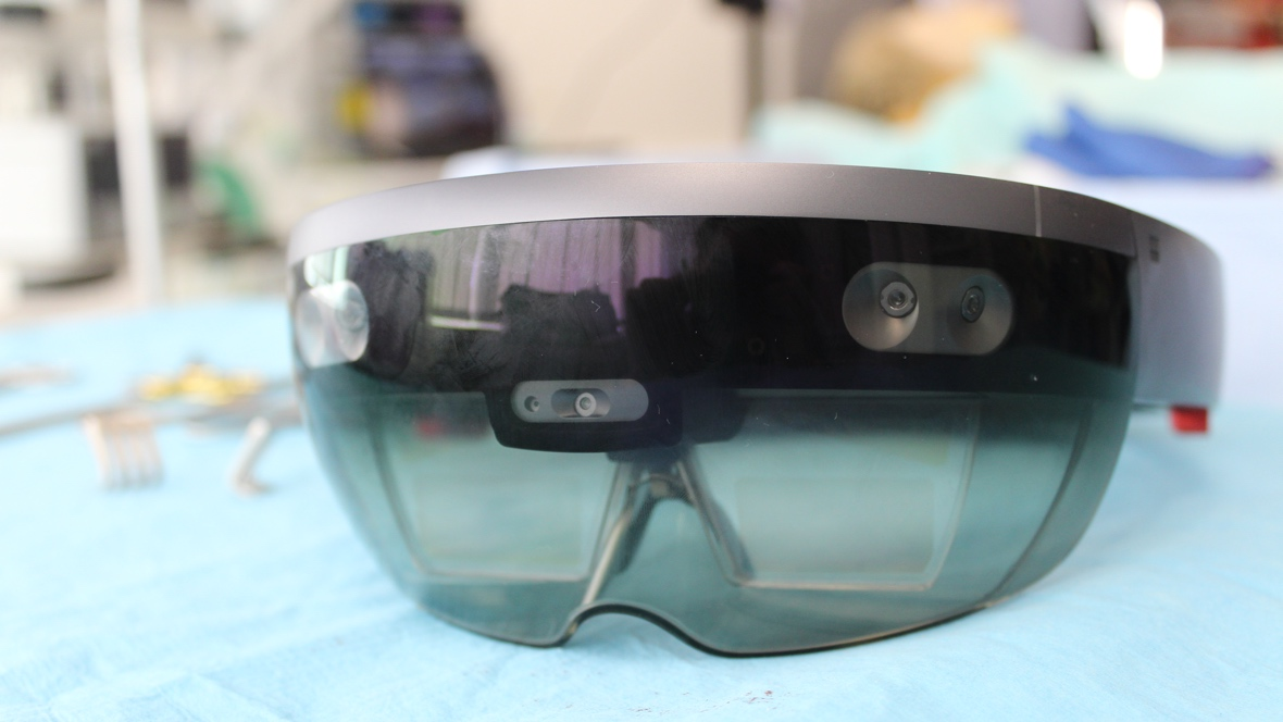HoloLens in the operating theatre