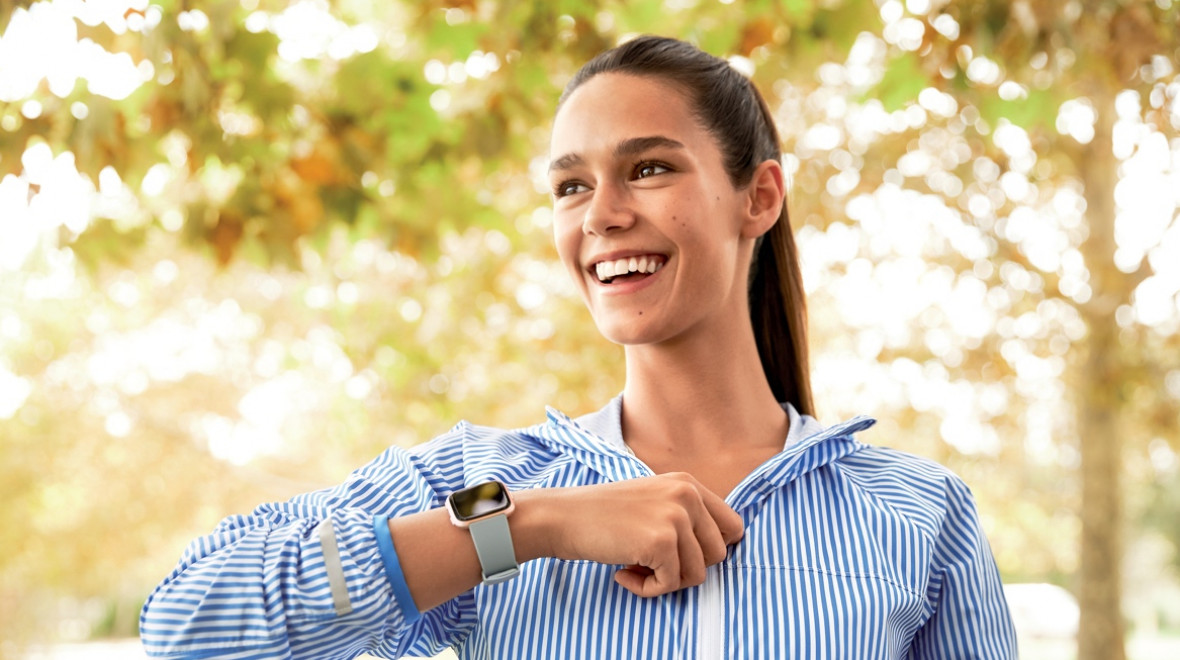 We try Fitbit's female health tracking
