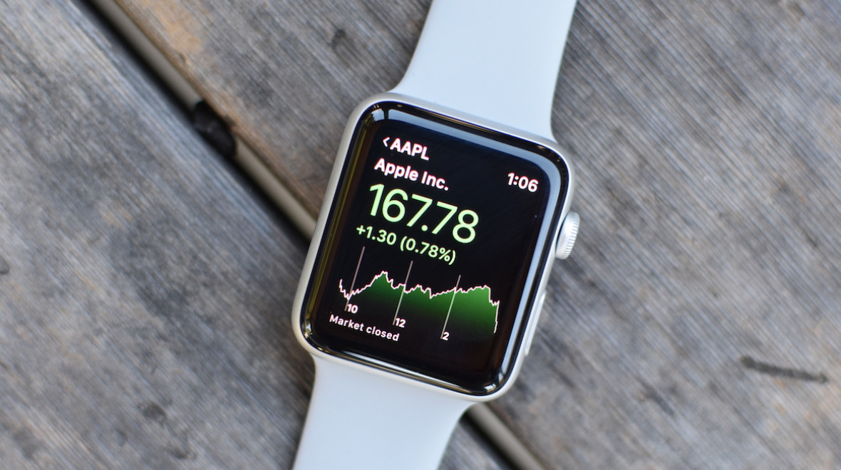 Apple still holds the smartwatch crown
