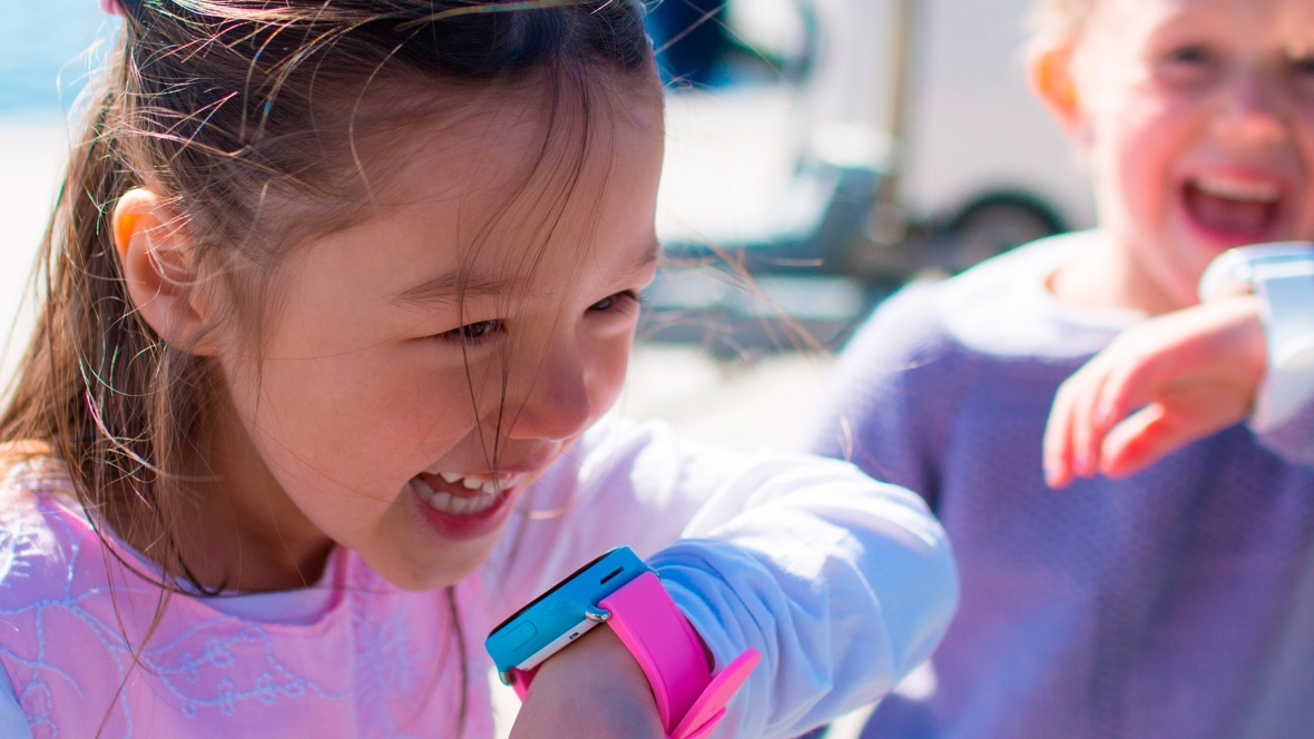 How to build a safe kids' smartwatch