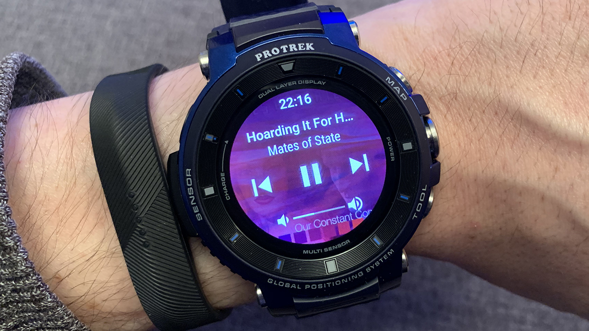 Playing music on Wear OS smartwatches