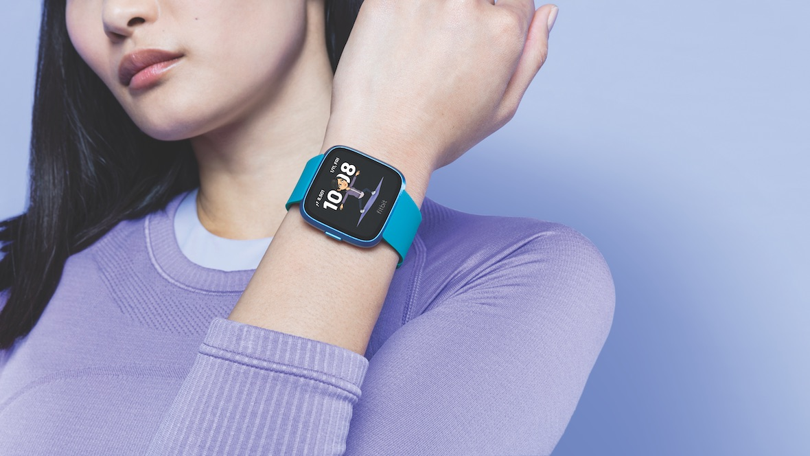 Fitbit and Snapchat just teamed up to make fitness a bit