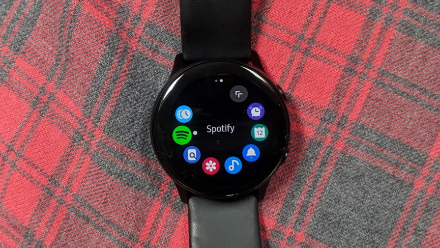 Your older Samsung watch may now have new features