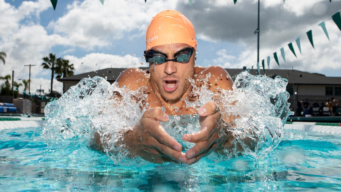 Form AR swimming goggles unveiled