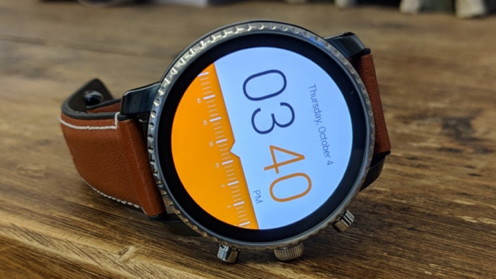 Change faces on Wear OS