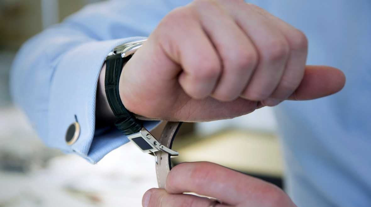 MMT E-Strap makes any watch smart