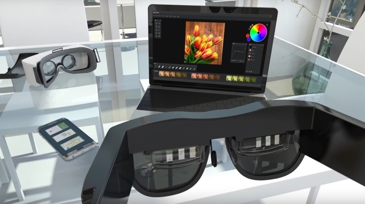 AR glasses stream from your phone